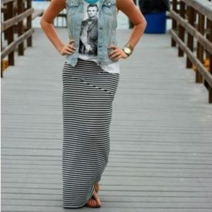 Downeast Blue & Cream Striped Maxi Skirt Sz M